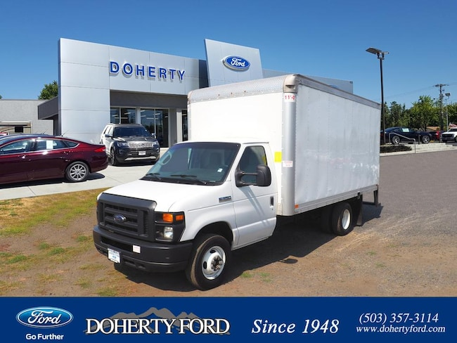 Used 2017 Ford Econoline 350 Cutaway E-350 WB Chassis Truck near Portland