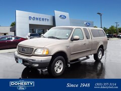 2002 Ford F-150 Lariat Extended Cab Truck