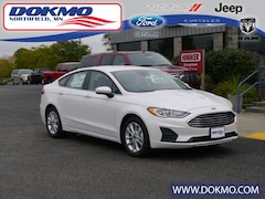 New 2019 Ford Fusion SE FWD 19050 Northfield, MN