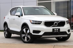 New 2019 Volvo XC40 T5 Momentum SUV 8040D in Dulles VA