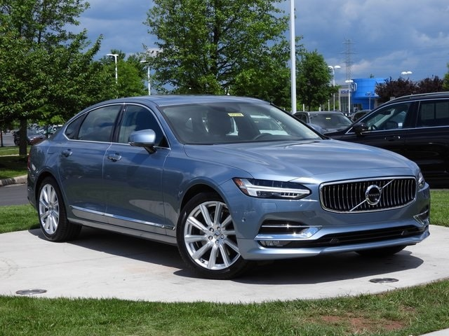 Featured used 2018 Volvo S90 T6 Inscription Sedan for sale in Dulles, VA