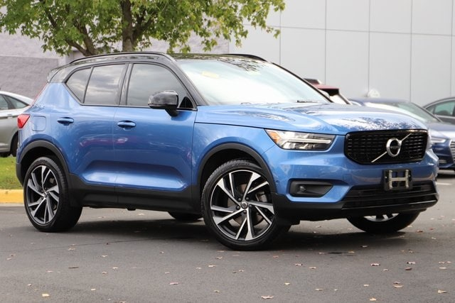 Featured used 2019 Volvo XC40 R-Design SUV for sale in Dulles, VA