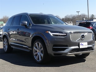 2018 Volvo XC90 Hybrid T8 Inscription SUV