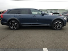 New 2019 Volvo V90 Cross Country T5 Wagon 12038B for sale in Falls Church, VA