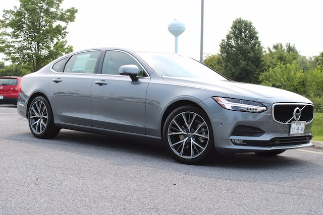 Featured Certified Pre-Owned 2018 Volvo S90 Momentum T5 AWD Momentum for Sale in Winchester, VA