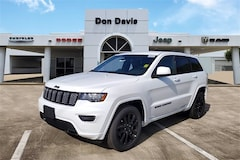 New 2020 Jeep Grand Cherokee ALTITUDE 4X2 Sport Utility For Sale in Lake Jackson, TX