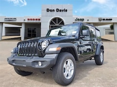 New 2021 Jeep Wrangler UNLIMITED SPORT S 4X4 Sport Utility For Sale in Lake Jackson, TX