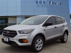 New 2019 Ford Escape S S FWD Arlington, Texas