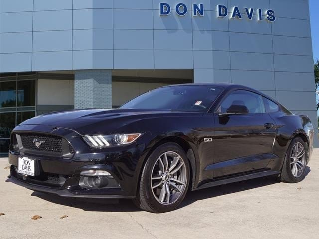 2015 Ford Mustang GT Fastback GT