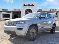 New 2021 Jeep Grand Cherokee LAREDO X 4X2 Sport Utility For Sale in Lake Jackson, TX