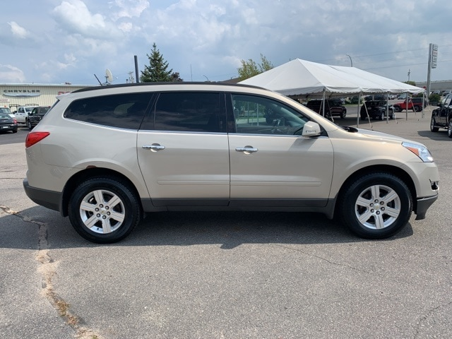 Used 2012 Chevrolet Traverse 1LT with VIN 1GNKVGED6CJ276025 for sale in Grand Rapids, Minnesota