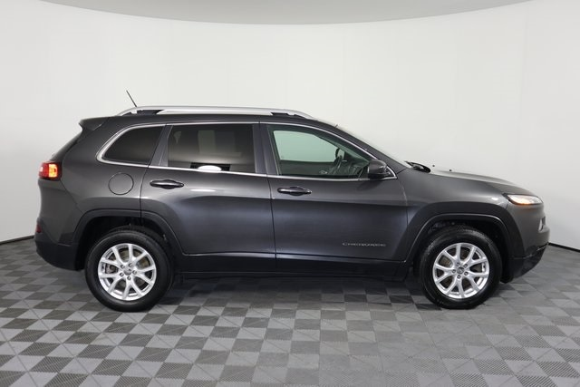 Used 2015 Jeep Cherokee Latitude with VIN 1C4PJMCB8FW789780 for sale in Baxter, Minnesota