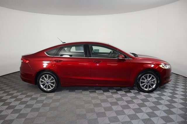 Used 2017 Ford Fusion SE with VIN 3FA6P0H72HR407875 for sale in Baxter, Minnesota