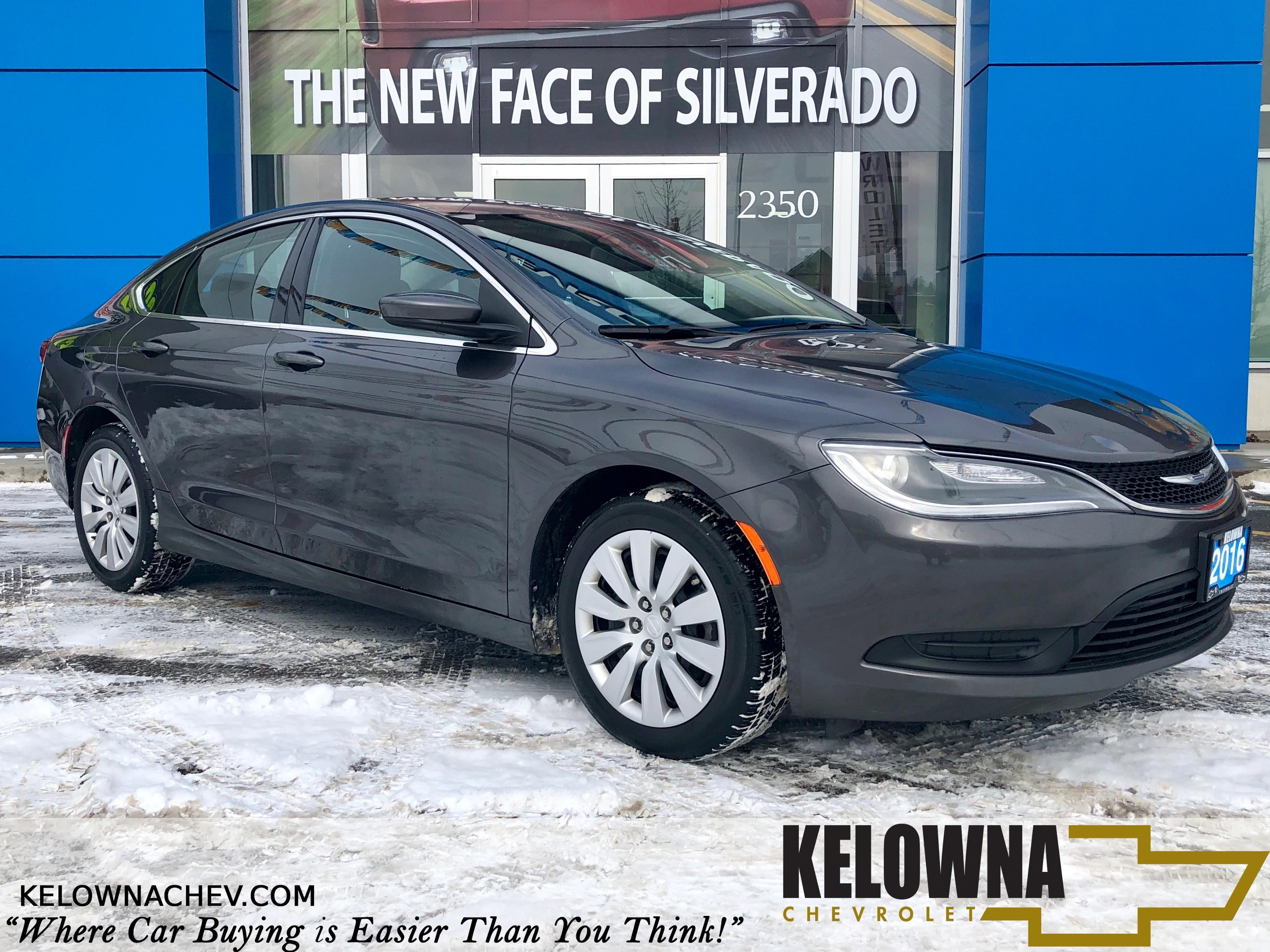 2016 Chrysler 200 LX FWD Bluetooth, Remote Keyless Entry Sedan