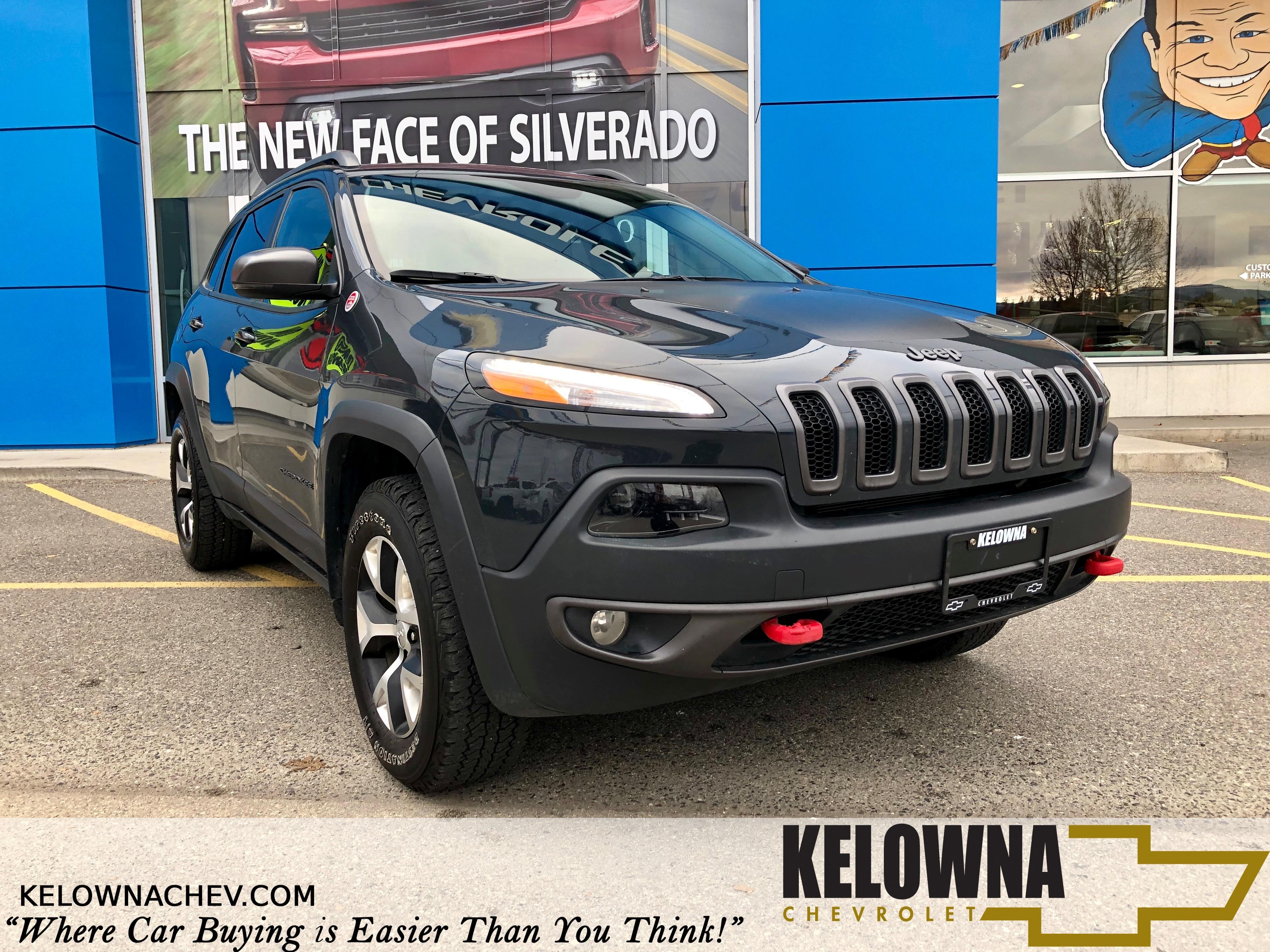 2017 Jeep Cherokee Trailhawk 4x4, Heated Seats, Moonroof, Rear Camera SUV