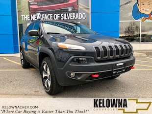 2017 Jeep Cherokee Trailhawk 4x4, Heated Seats, Moonroof, Rear Camera SUV