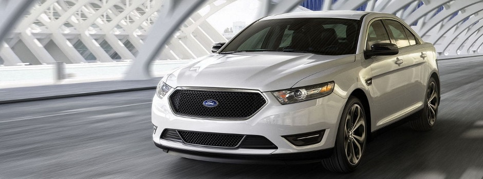 2017 Ford Taurus with SYNC technology in Galion, OH
