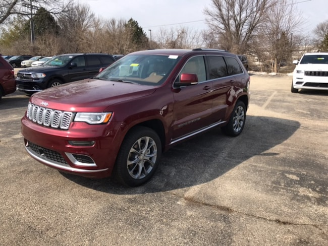 New 2019 Jeep Grand Cherokee SUMMIT 4X4 Sport Utility Near Fitchburg