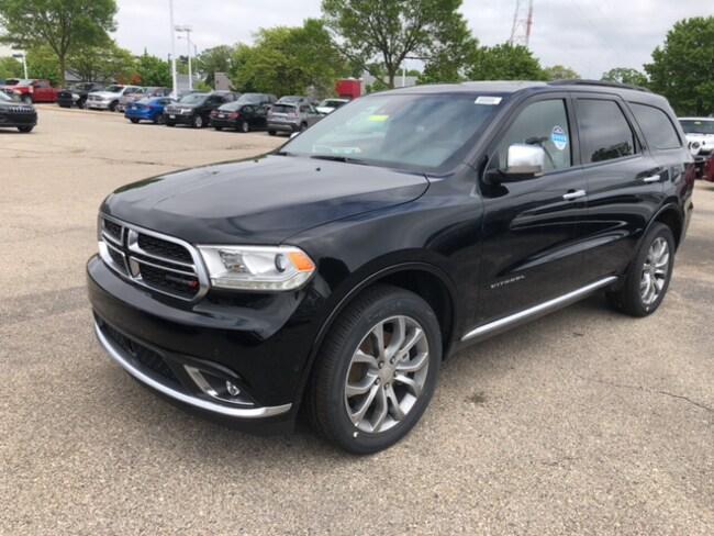 New 2018 Dodge Durango CITADEL ANODIZED PLATINUM AWD Sport Utility Near Fitchburg