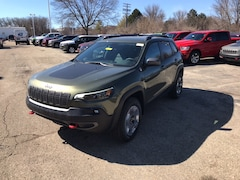 New 2019 Jeep Cherokee TRAILHAWK 4X4 Sport Utility for Sale in Madison, WI, at Don Miller Dodge Chrysler Jeep Ram
