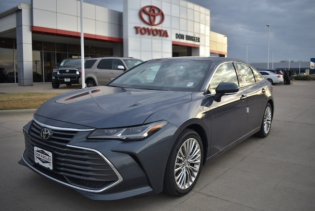 New 2019 Toyota Avalon Limited Sedan for sale in Temple, TX