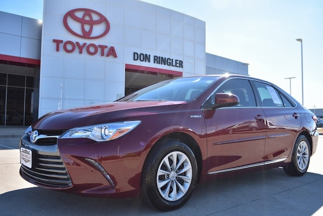 Certified 2017 Toyota Camry Hybrid LE Sedan for sale in Temple, TX