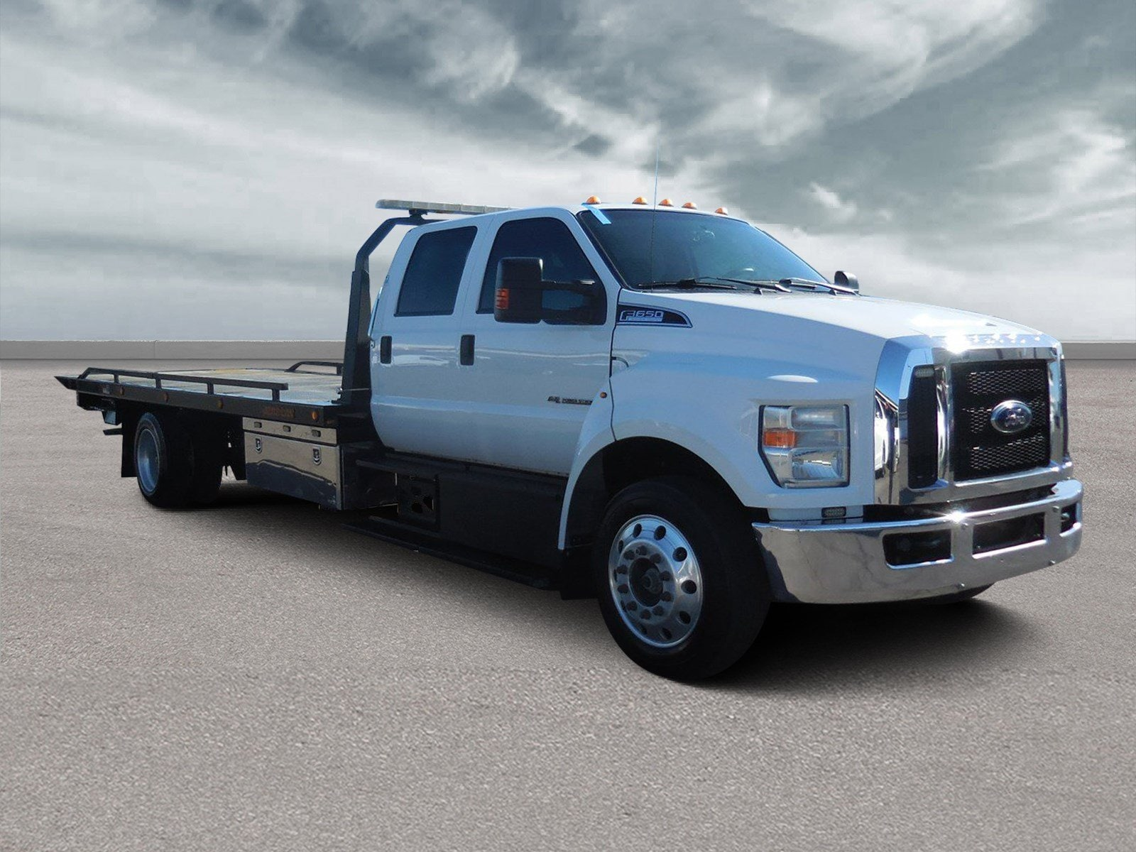 2017 Ford F-650 Flat BED TOW Truck