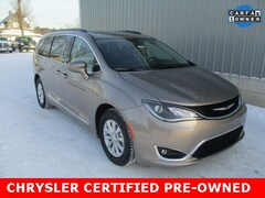 Certified Pre-Owned 2017 Chrysler Pacifica Touring L Minivan/Van for sale in Cadillac, MI