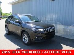 New 2019 Jeep Cherokee LATITUDE PLUS 4X4 Sport Utility 1C4PJMLBXKD469477 for sale in cadillac mi