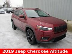 New 2019 Jeep Cherokee ALTITUDE 4X4 Sport Utility 1C4PJMLB3KD385324 for sale in cadillac mi