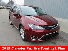 New 2019 Chrysler Pacifica TOURING L PLUS Passenger Van 2C4RC1EG9KR522810 for sale in cadillac mi
