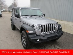 New 2019 Jeep Wrangler UNLIMITED SPORT S 4X4 Sport Utility 1C4HJXDN5KW552396 for sale in cadillac mi