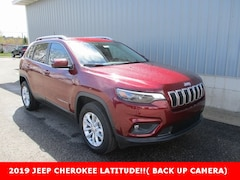 New 2019 Jeep Cherokee LATITUDE 4X4 Sport Utility 1C4PJMCB6KD457567 for sale in cadillac mi