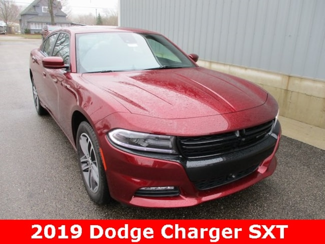 New 2019 Dodge Charger SXT AWD Sedan in Cadillac, MI