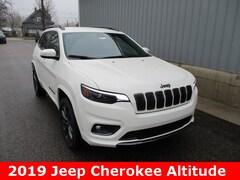 New 2019 Jeep Cherokee HIGH ALTITUDE 4X4 Sport Utility 1C4PJMDN3KD378107 for sale in cadillac mi
