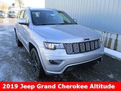 New 2019 Jeep Grand Cherokee ALTITUDE 4X4 Sport Utility 1C4RJFAG7KC562661 for sale in cadillac mi