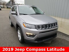 New 2019 Jeep Compass LATITUDE 4X4 Sport Utility 3C4NJDBB5KT655902 for sale in cadillac mi