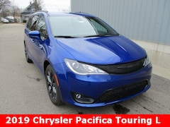 New 2019 Chrysler Pacifica TOURING L Passenger Van 2C4RC1BG7KR634462 for sale in cadillac mi