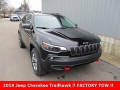 New 2019 Jeep Cherokee TRAILHAWK 4X4 Sport Utility 1C4PJMBX3KD438178 for sale in cadillac mi