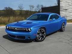 Certified Pre-Owned 2017 Dodge Challenger R/T Coupe for sale in Cadillac, MI
