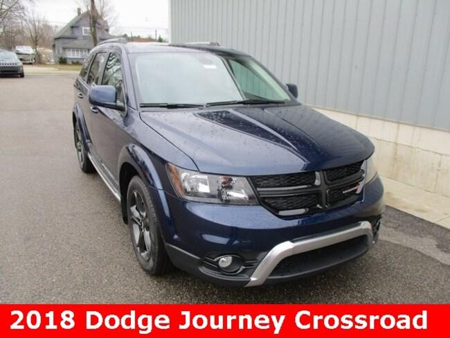 New 2018 Dodge Journey CROSSROAD AWD Sport Utility in Cadillac, MI