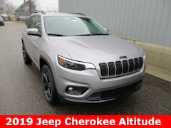 New 2019 Jeep Cherokee ALTITUDE 4X4 Sport Utility 1C4PJMLXXKD378771 for sale in cadillac mi