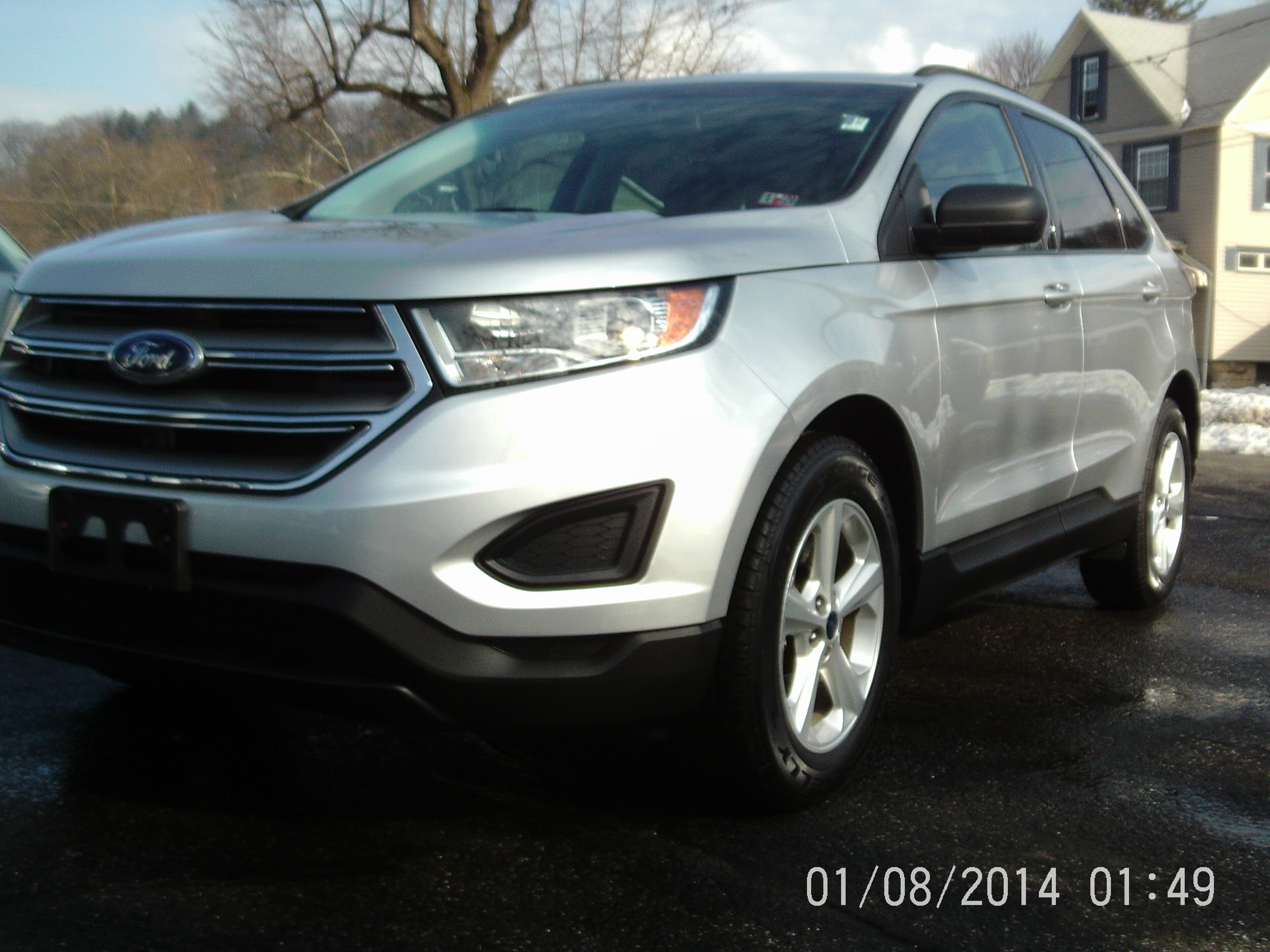 2016 Ford Edge SE All-Wheel Drive with Locking and Limited-Slip Diff