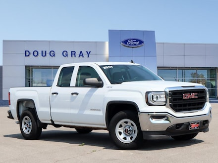 2017 GMC Sierra 1500 Base Extended Cab Long Bed Truck