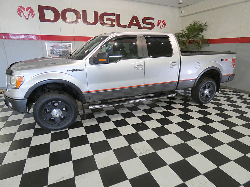 2010 Ford F150 4WD FX4 Full Size Truck