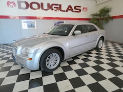 2009 Chrysler 300 Touring Full-Size Car