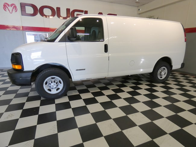 2005 Chevrolet Express Van Base Full Size Van