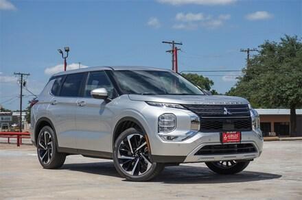 New 2022 Mitsubishi Outlander SE CUV for sale in Waco, TX