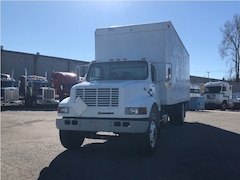 1999 INTERNATIONAL 4900 w/Railgate