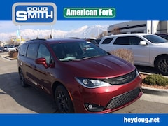 New 2019 Chrysler Pacifica TOURING L Passenger Van in American Fork, UT